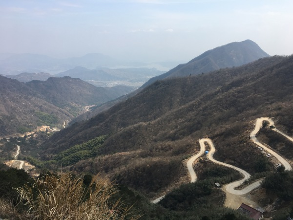 Uphill road in Xianrentai Mountain