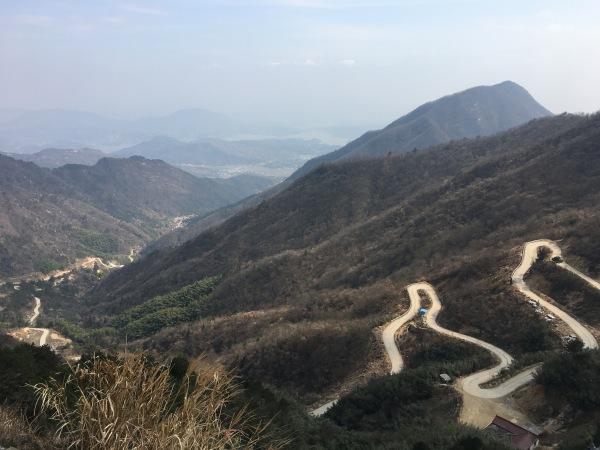 Uphill road in Xianrentai Mountain