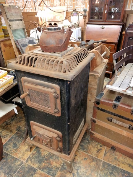 Antique Qood Stove made by Emblem & Heat, Sackville, NB