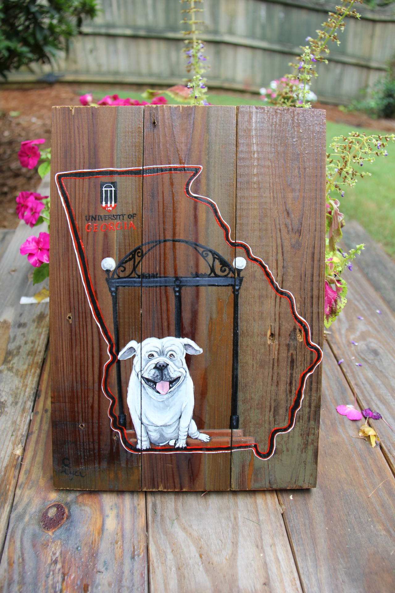 GA Bulldog on Reclaimed Wood