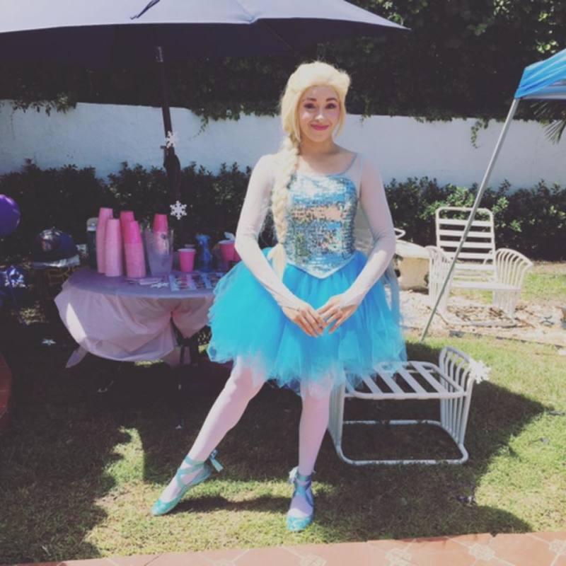Frozen Ballet? Snow Queen as a Ballerina!