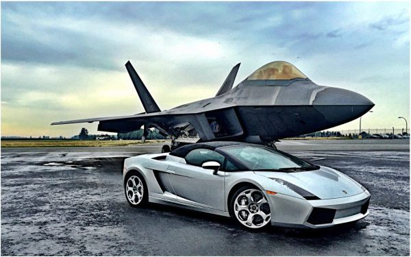 Test Your Driving Skills in a Lamborghini Gallardo or a Ferrari F430