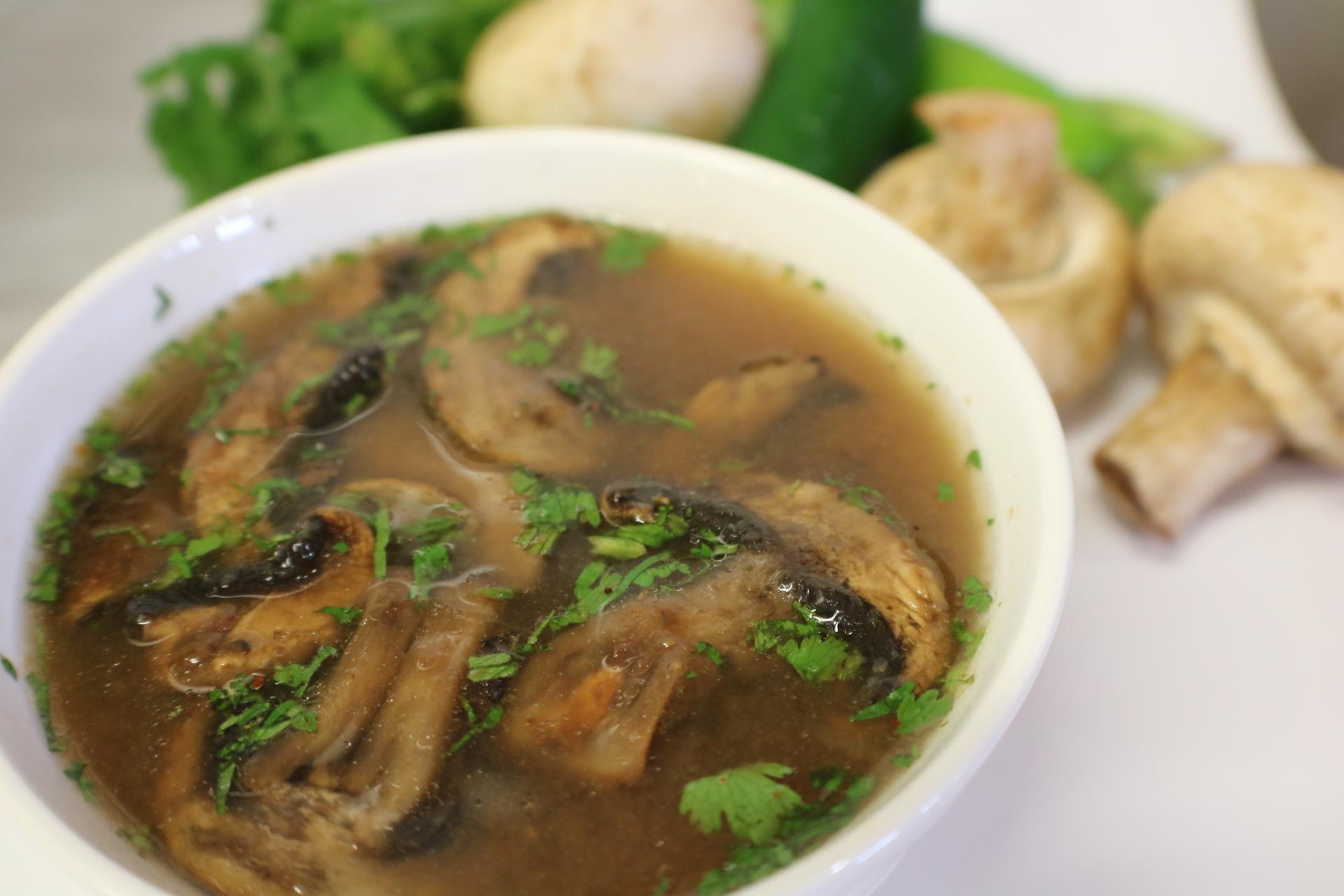 Tom Yum Sopa agria y picosa