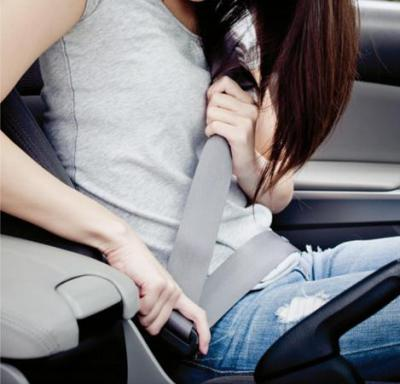 Cubre volante y cinturon
