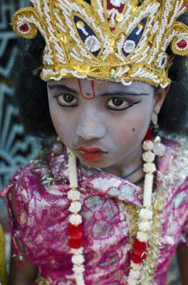 BLUE GIRL, VARANASI INDIA, 2016.
