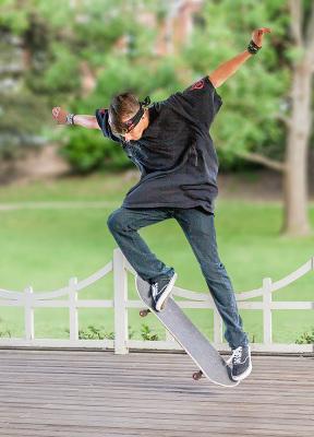 Skateboard in the Park.