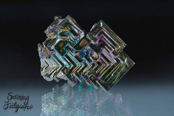 stack shot, focus stack, bismuth, element