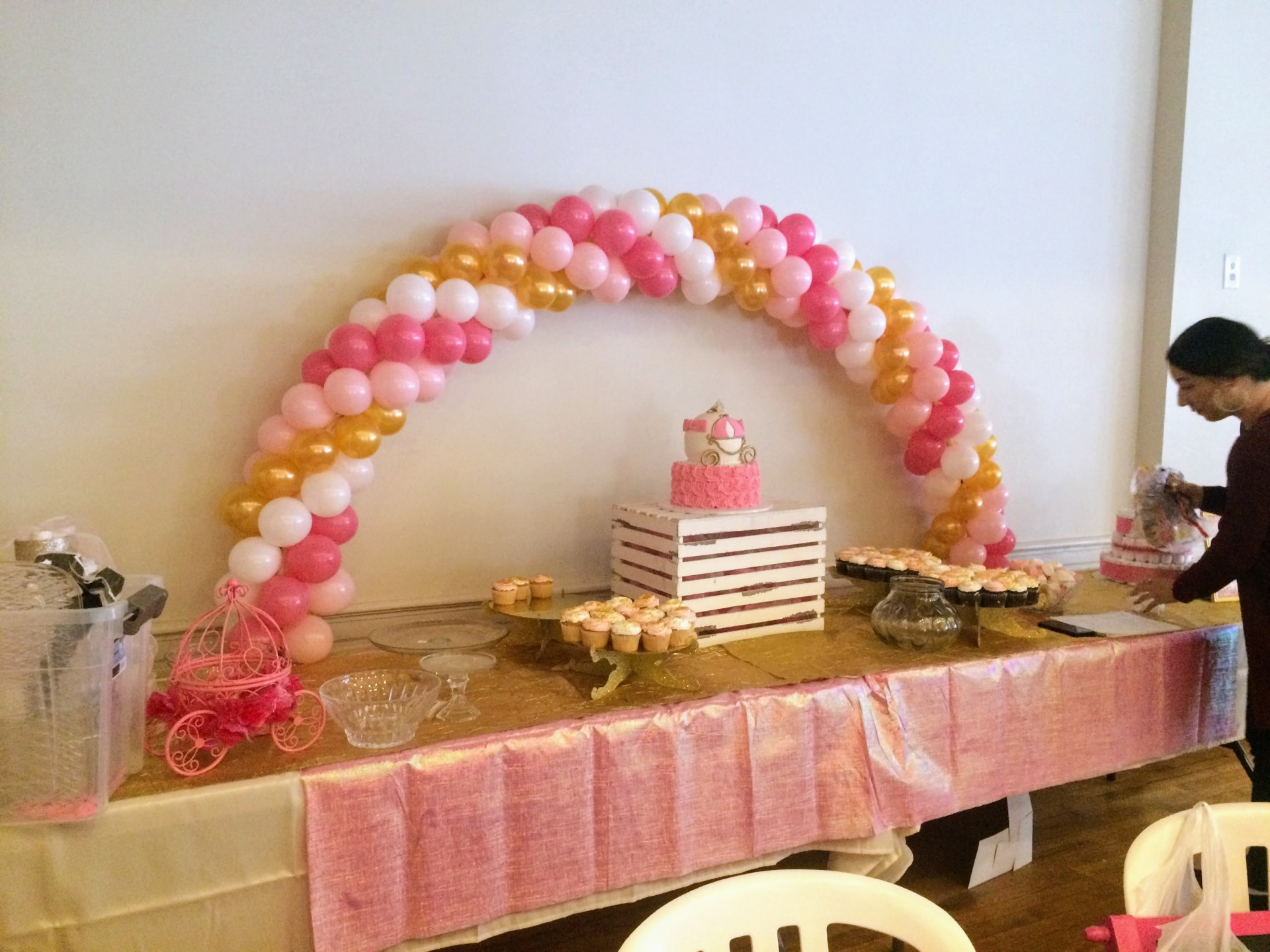 Tabletop Balloon Arch