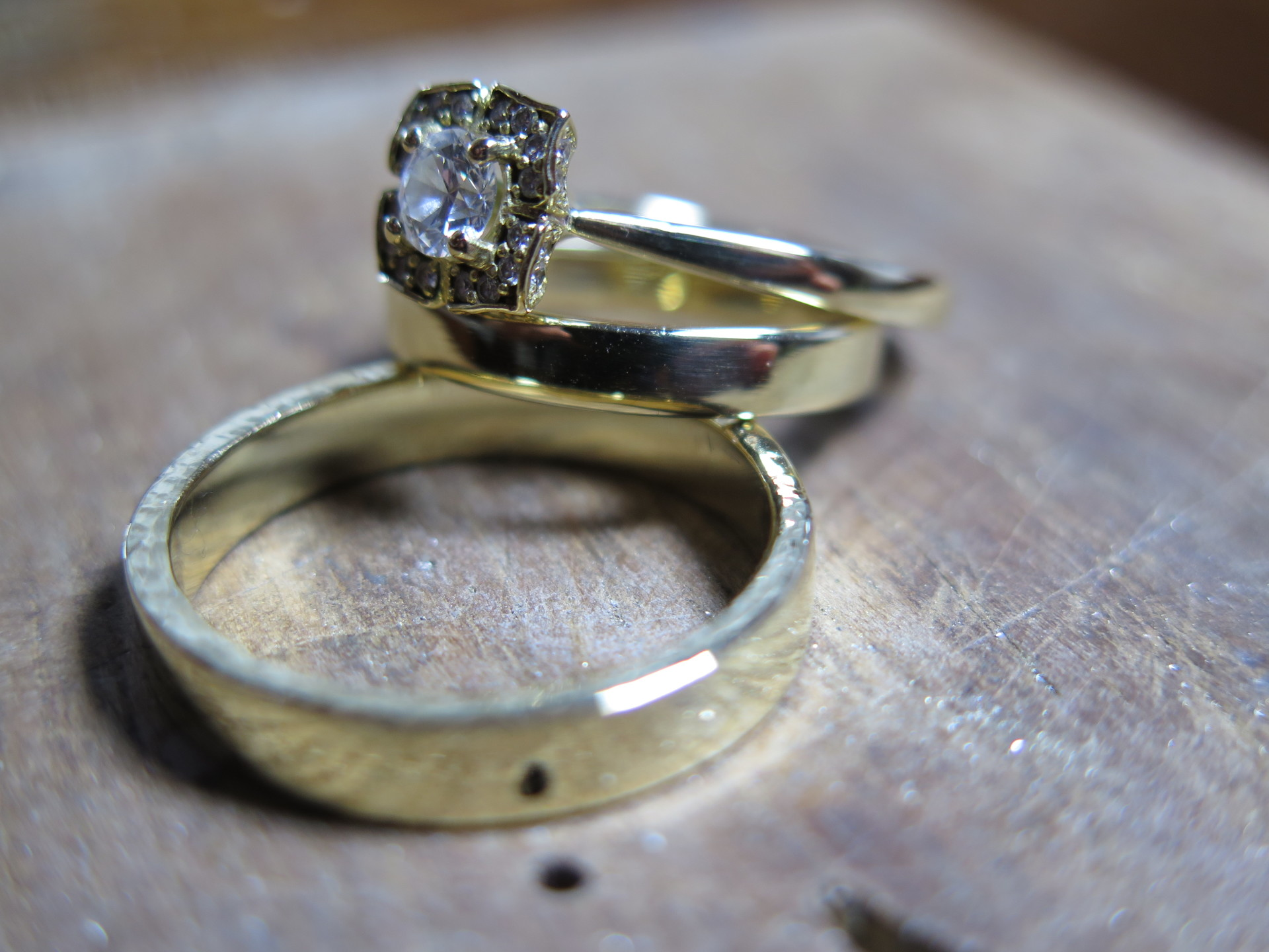 make your own 18ct yellow gold wedding rings