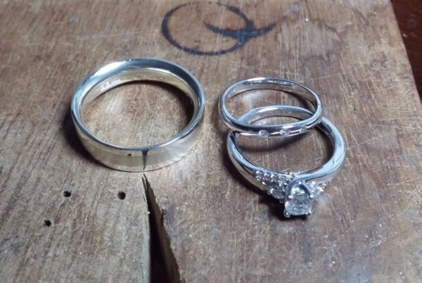 make your own white gold diamond set wedding rings