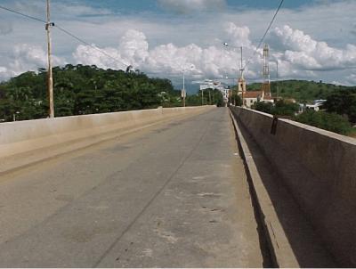 Ponte Ary Parreiras sobre o Rio Paraiba do Sul