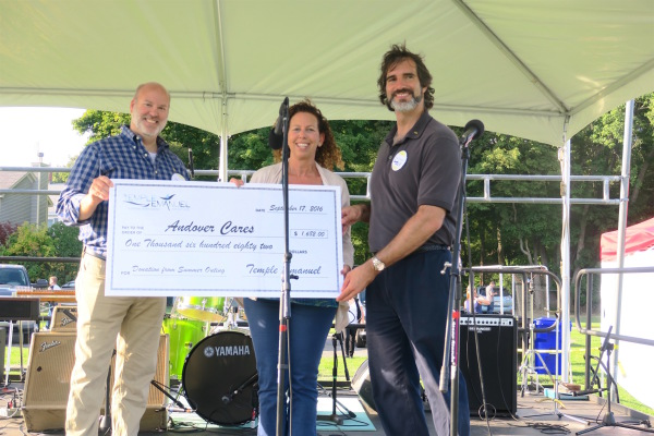 Temple Emanuel Donation to Andover Cares Fund