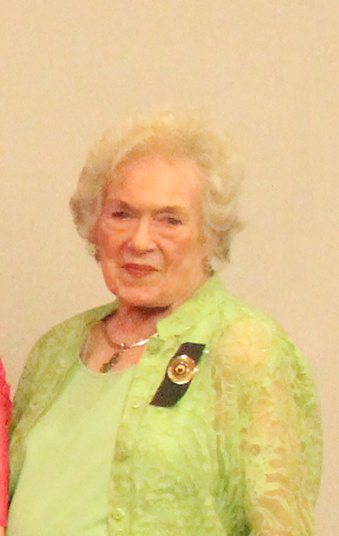 Maridell Fryar, Scholarship Chairman