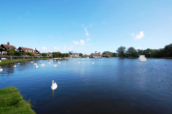 Thorpness Mere