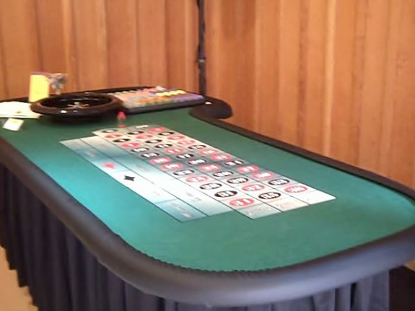 Our 11 player Roulette tables