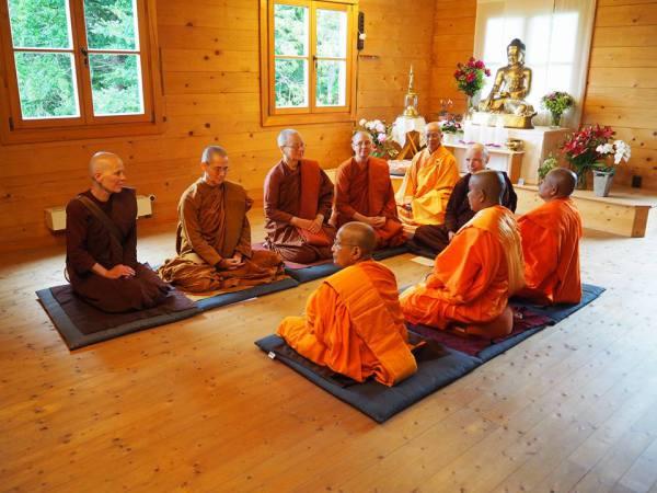 Bhikkhuni ordination in Germany 2015