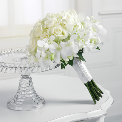 Le Petit Wedding Bouquet