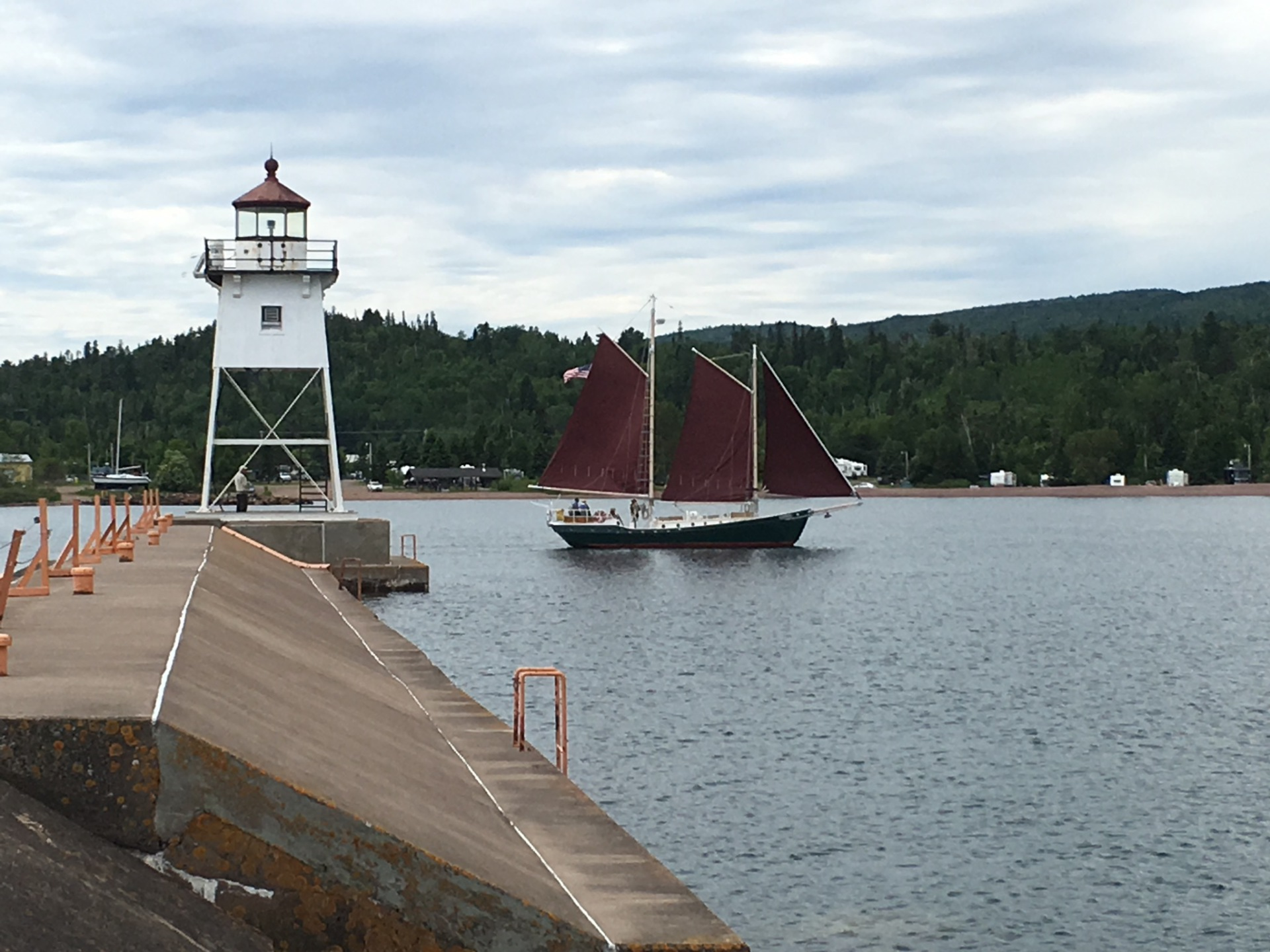 I need to move to Grand Marais, MN!