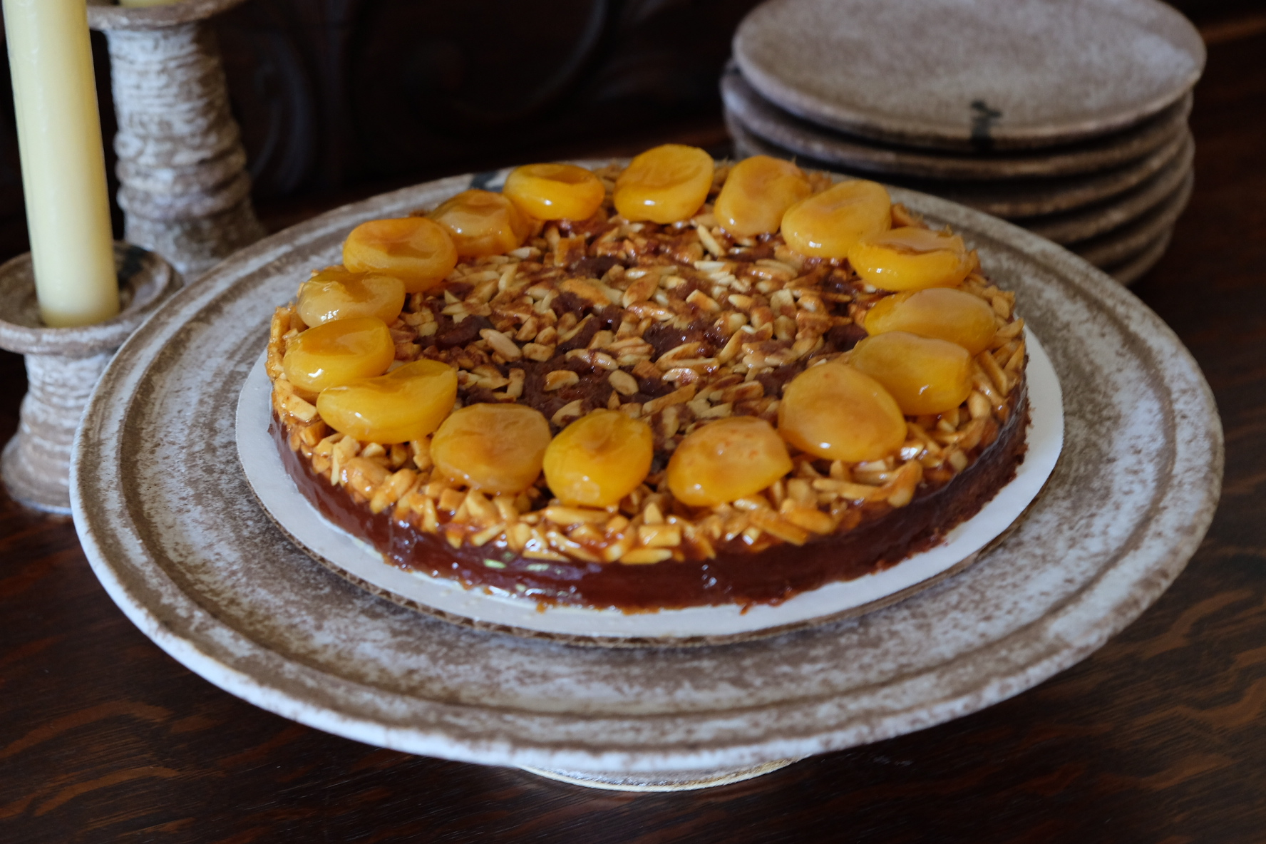 Apricot, honey and almond coffee cake