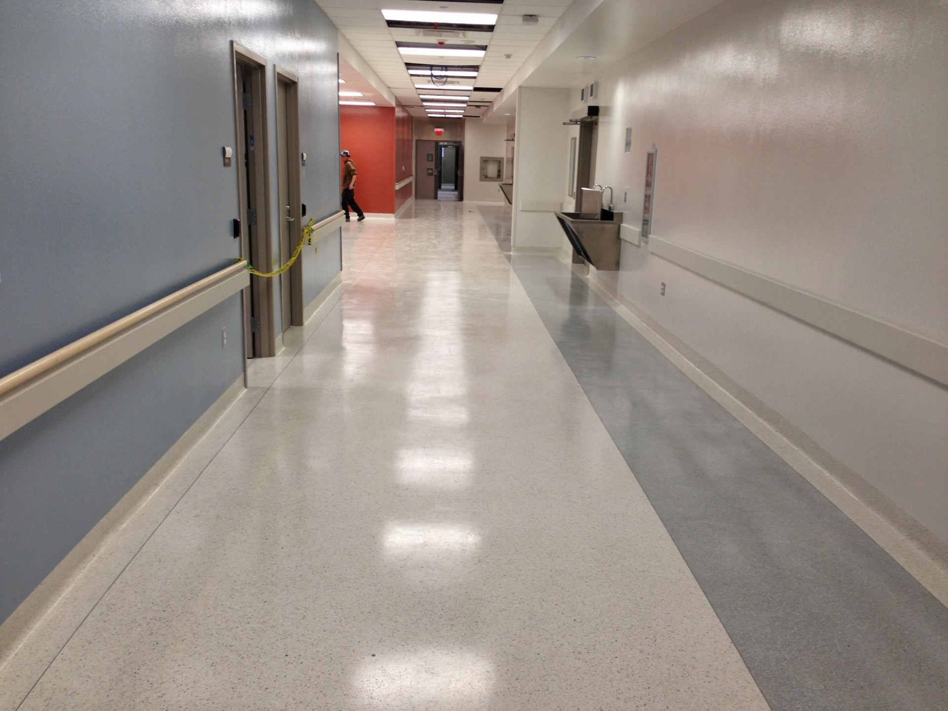 EPOXY AND DECORATIVE FLOORING