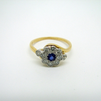 Diamond & Sapphire (Centre) Yellow Gold Ring