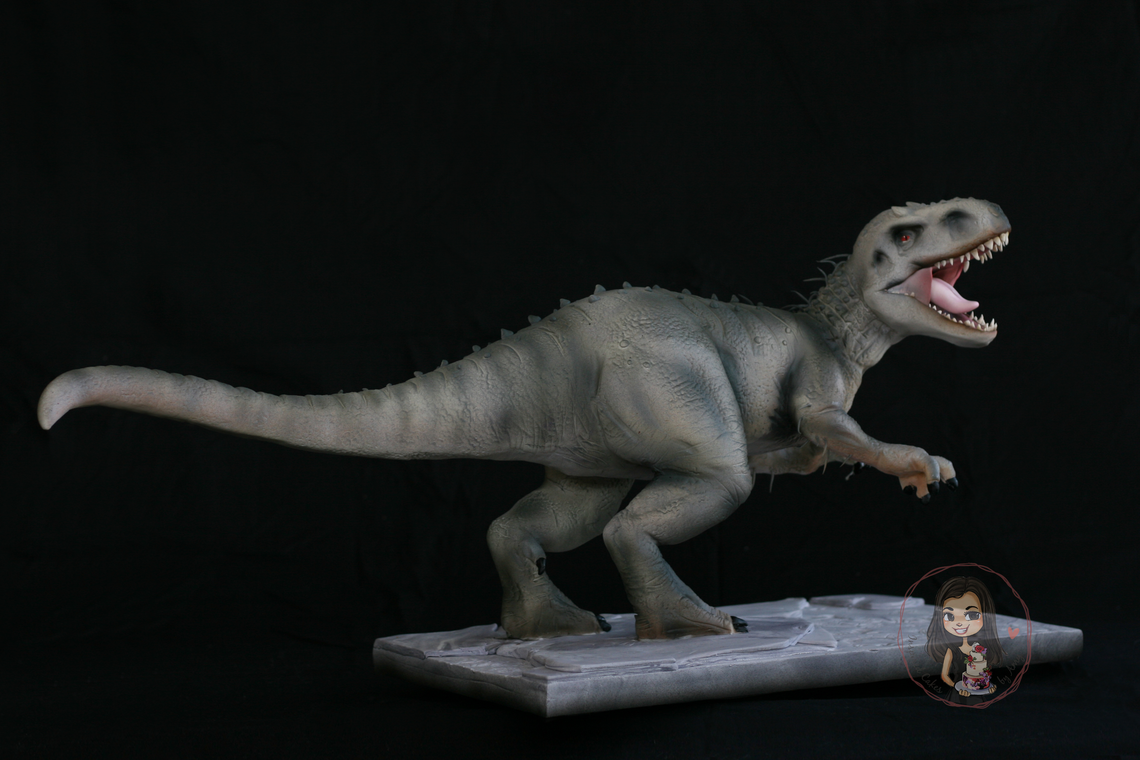 Indominus Rex 3d gravity defying cake