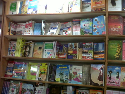 10 Buku-buku World Travel
