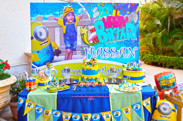 candy table, better batter bakes, cakes, minions