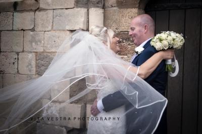 <wedding>