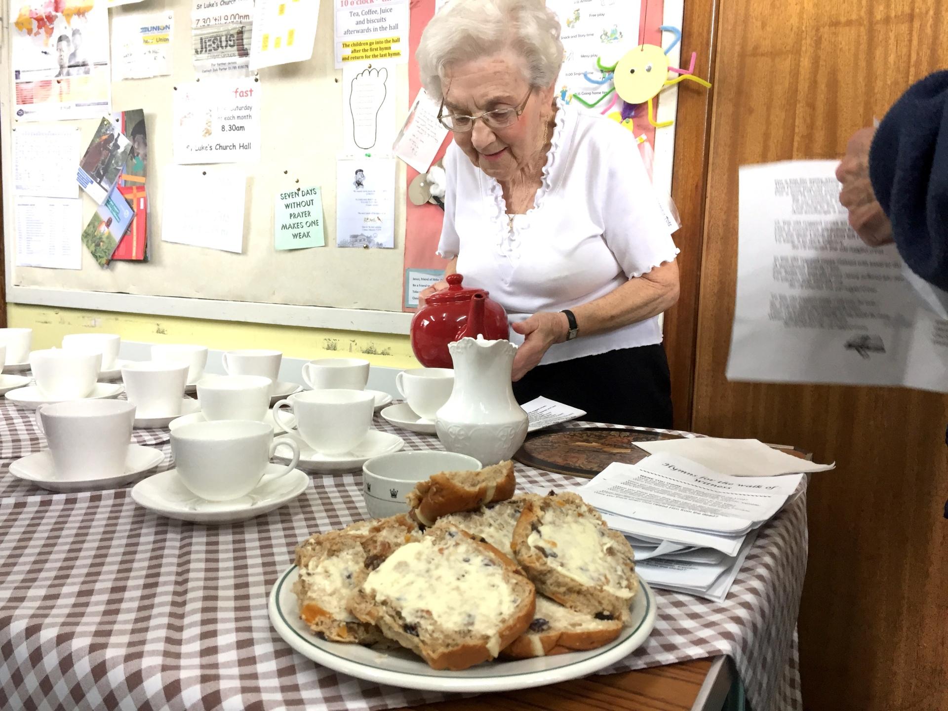 Barbara pouring the teas