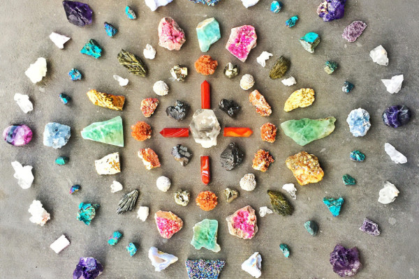 TOP 5 CRYSTALS EVERY HOME NEEDS!