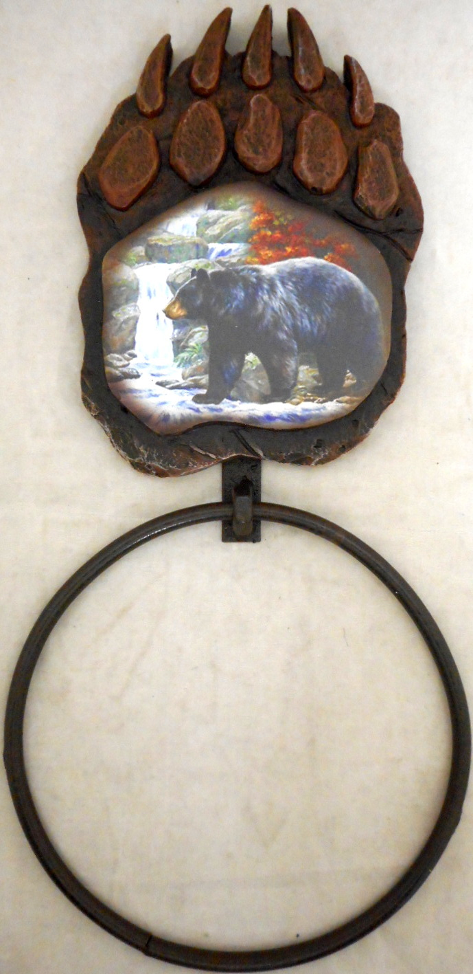 12799 Bear Paw and Print Towel Ring