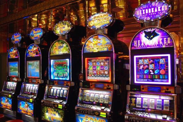 gambling addiction help, stop gambling, problem gambling, slot machines, table games
