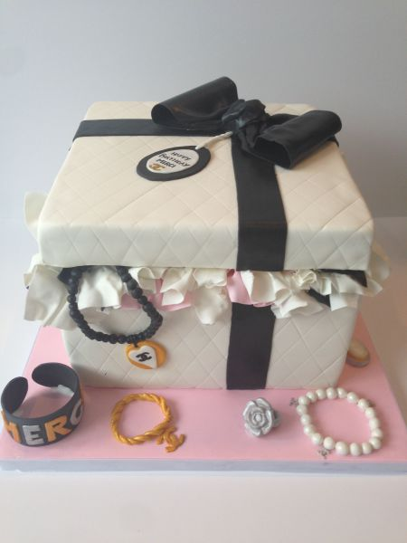 custom cakes nj chanel themed jewelry themed gift box cake
