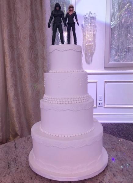 custom cakes nj  wedding cake vintage lace different back