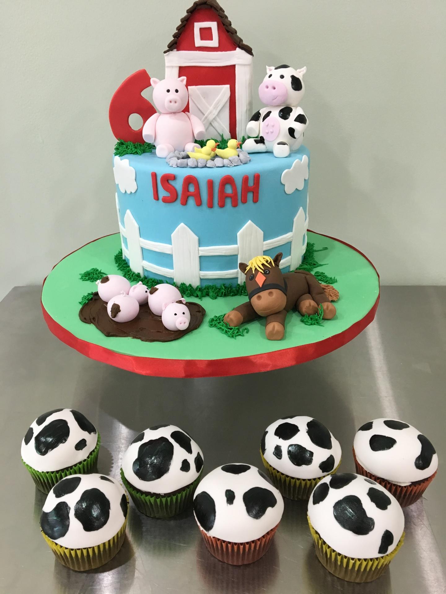 custom cake nj barnyard farm themed cake fondant cow pigs horse birthday cake