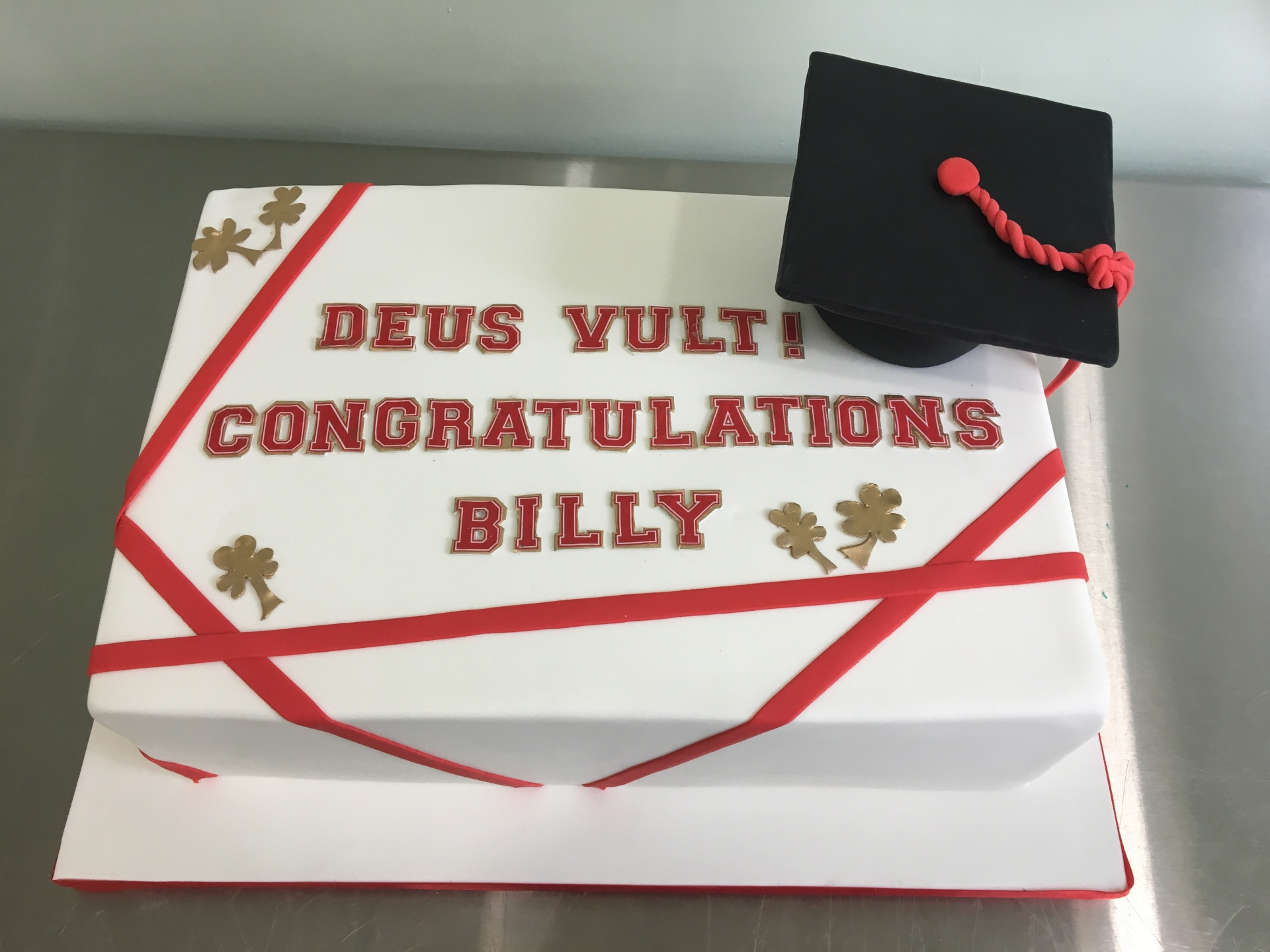 HS Graduation cake with gold shamrocks