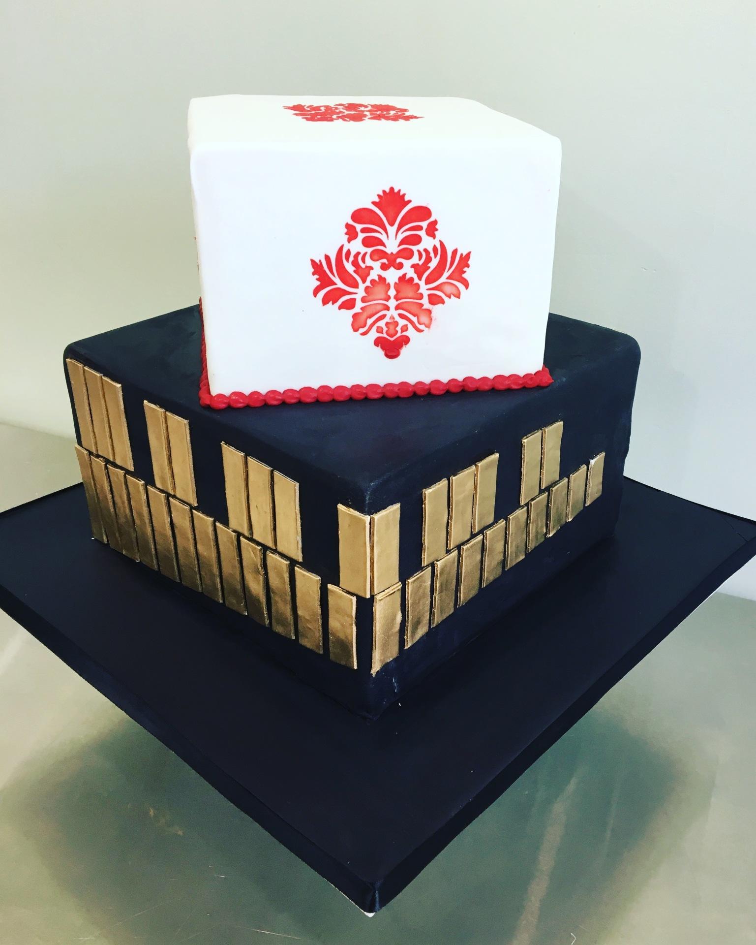 vibraphone wedding cake square cake damask pattern cake