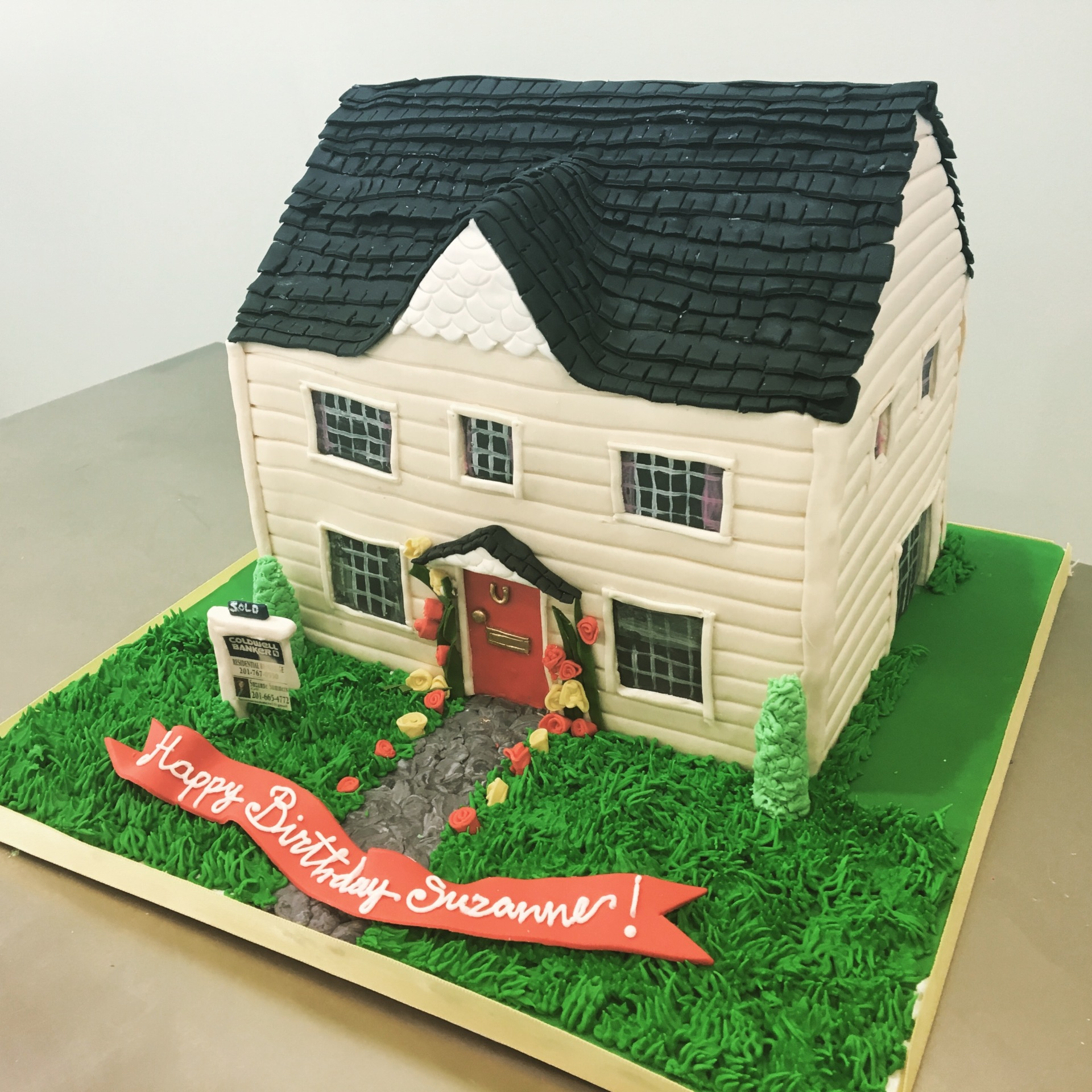 home house cake realtor cake