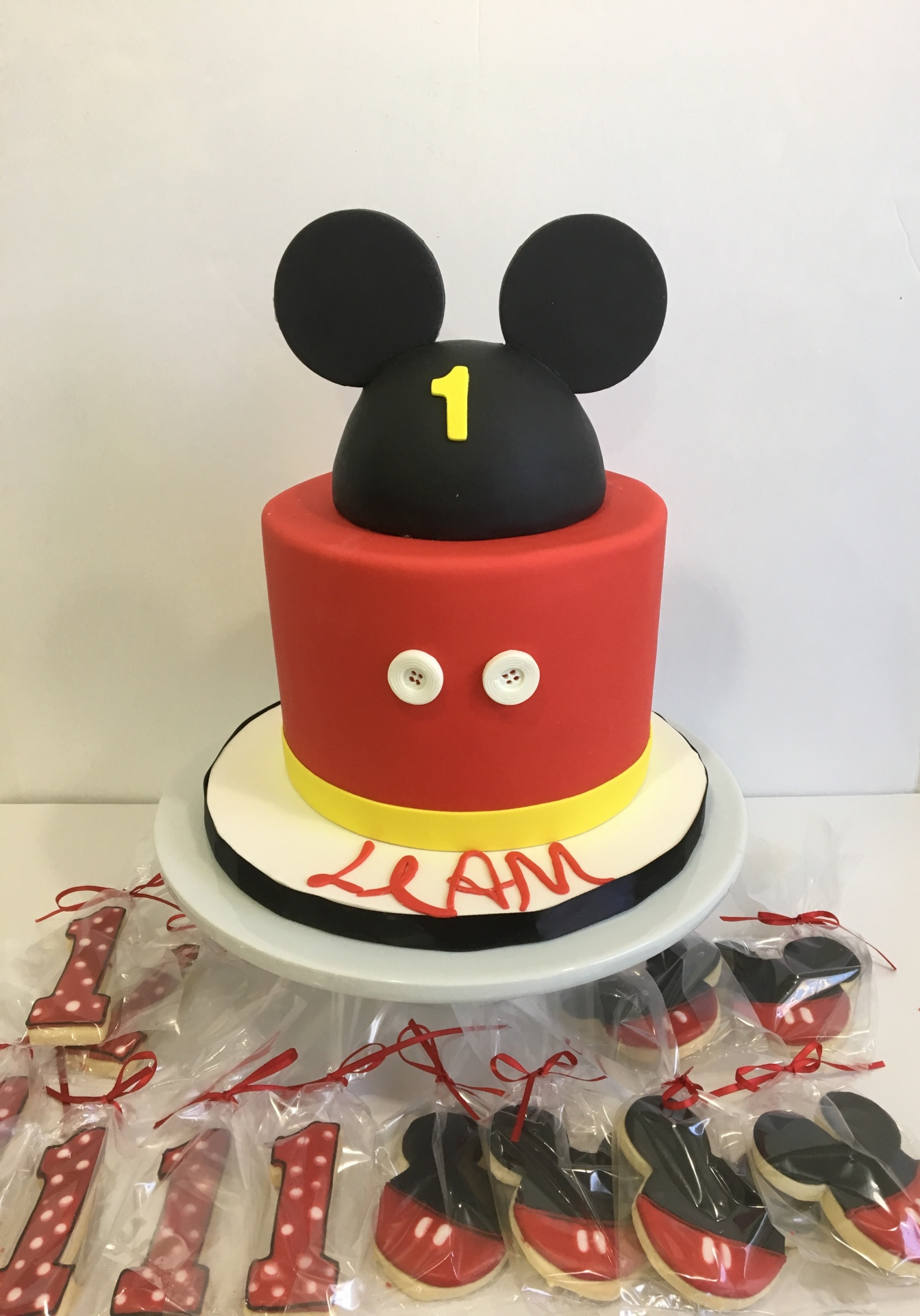 Custom cakes Mickey mouse cake New Jersey