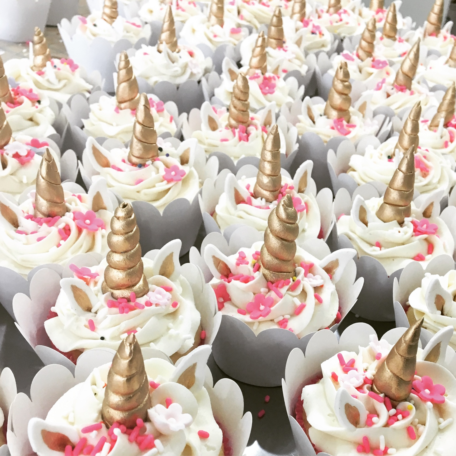 Custom Cakes New Jersey Unicorn Cupcakes