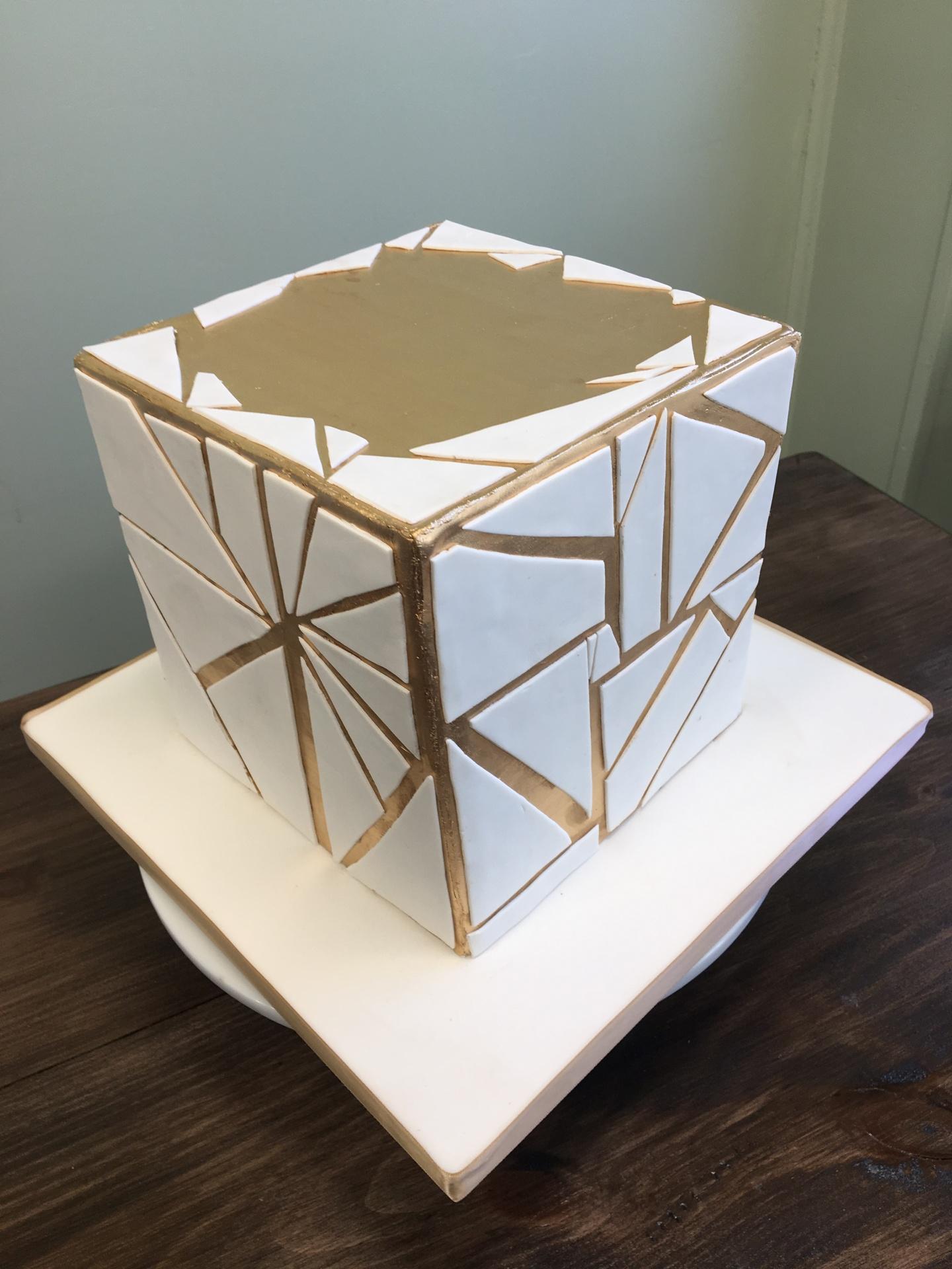 Custom cakes NJ Modern gold and white square cake