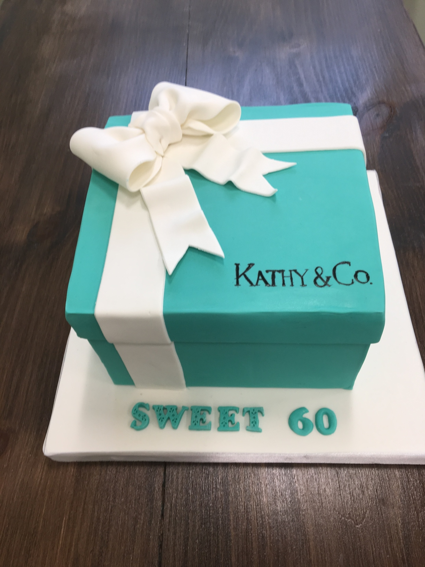 Custom Cakes NJ Tiffany Box Cake with white bow