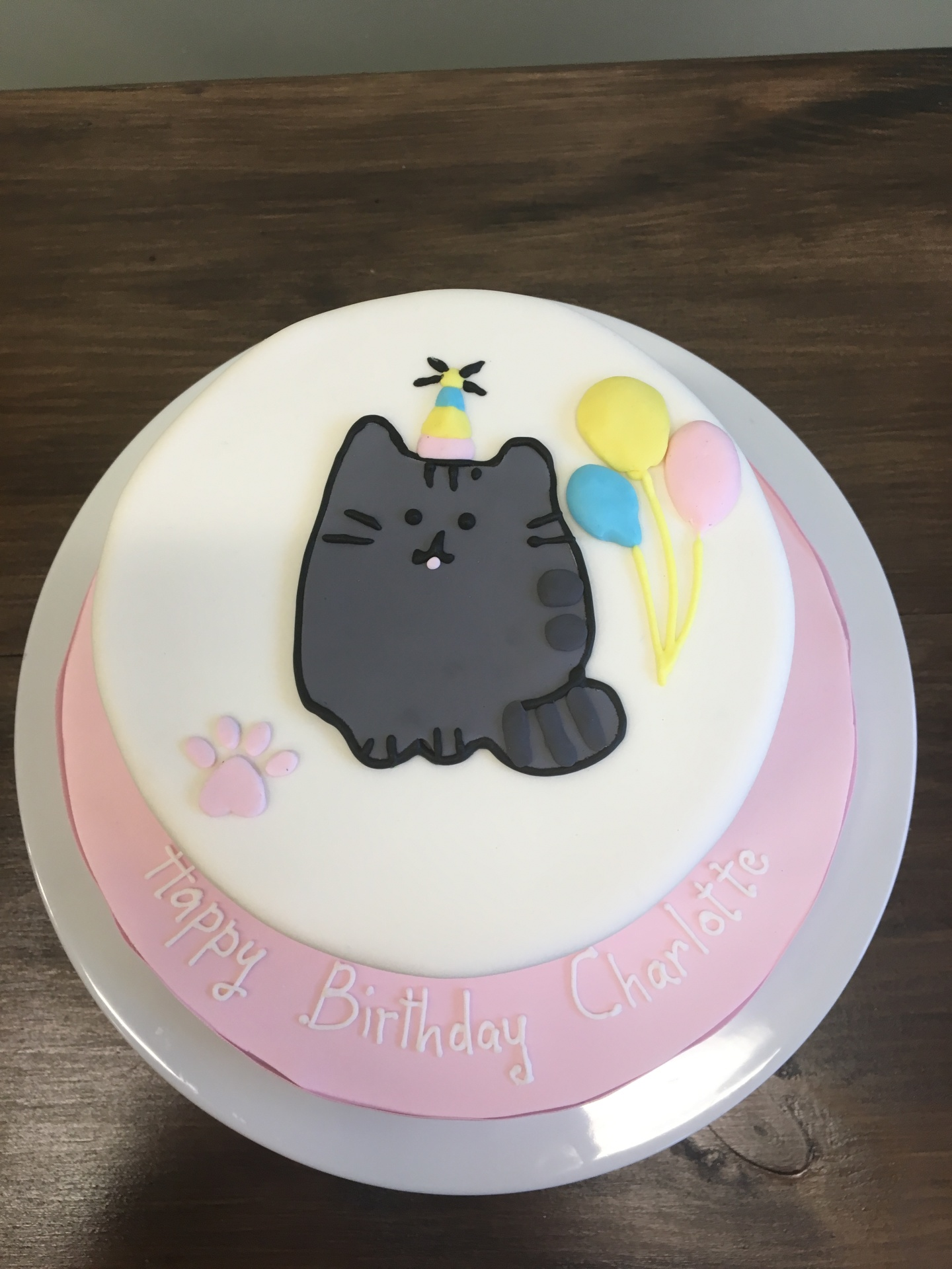 Custom Cakes NJ Cat cake with balloons
