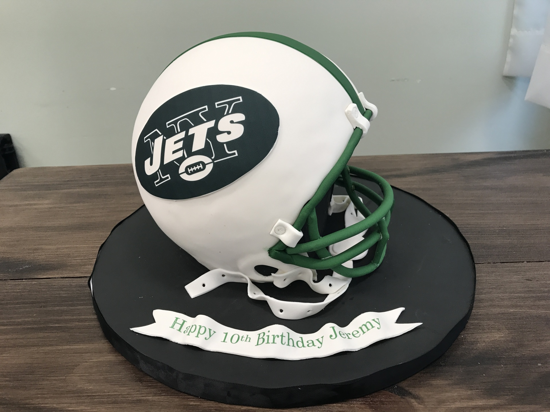 Custom Cakes NJ All edible Jets Football Helmet cake