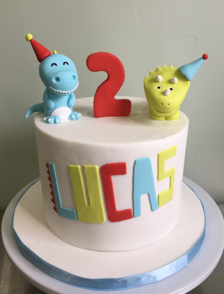 Custom Cakes NJ Dinosaur cake with fondant Dinosaurs