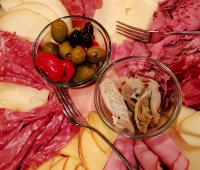 Paleo, BBQ, barbeque, gluten-free, gluten free, delivery, food delivery, italian food, private chef, prepared food, vegetarian, vegan, diet, dietary, dietary restricted, restricted, wine, pairing, wine pairing, party, dinner party, private dinner, private dinner party, interactive, interactive dinner party, teaching, romantic, romantic dinner, education, food education, meal service, culinary, culinary instruction, instruction, cooking, italian food, team building, recipe development, recipe, development, catering, chef daddy v, chef daddy, v, cater, antipasto, olives, salami, smoked gouda, proscuitto, Itaiian, food, farm to table, farm-to-table, sustainable, fresh, healthy, chef, chef steve, steverino, chef steverino, steven puleio, puleio