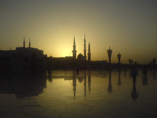 thismuslimreads_thereisgood_sunrisemadinah