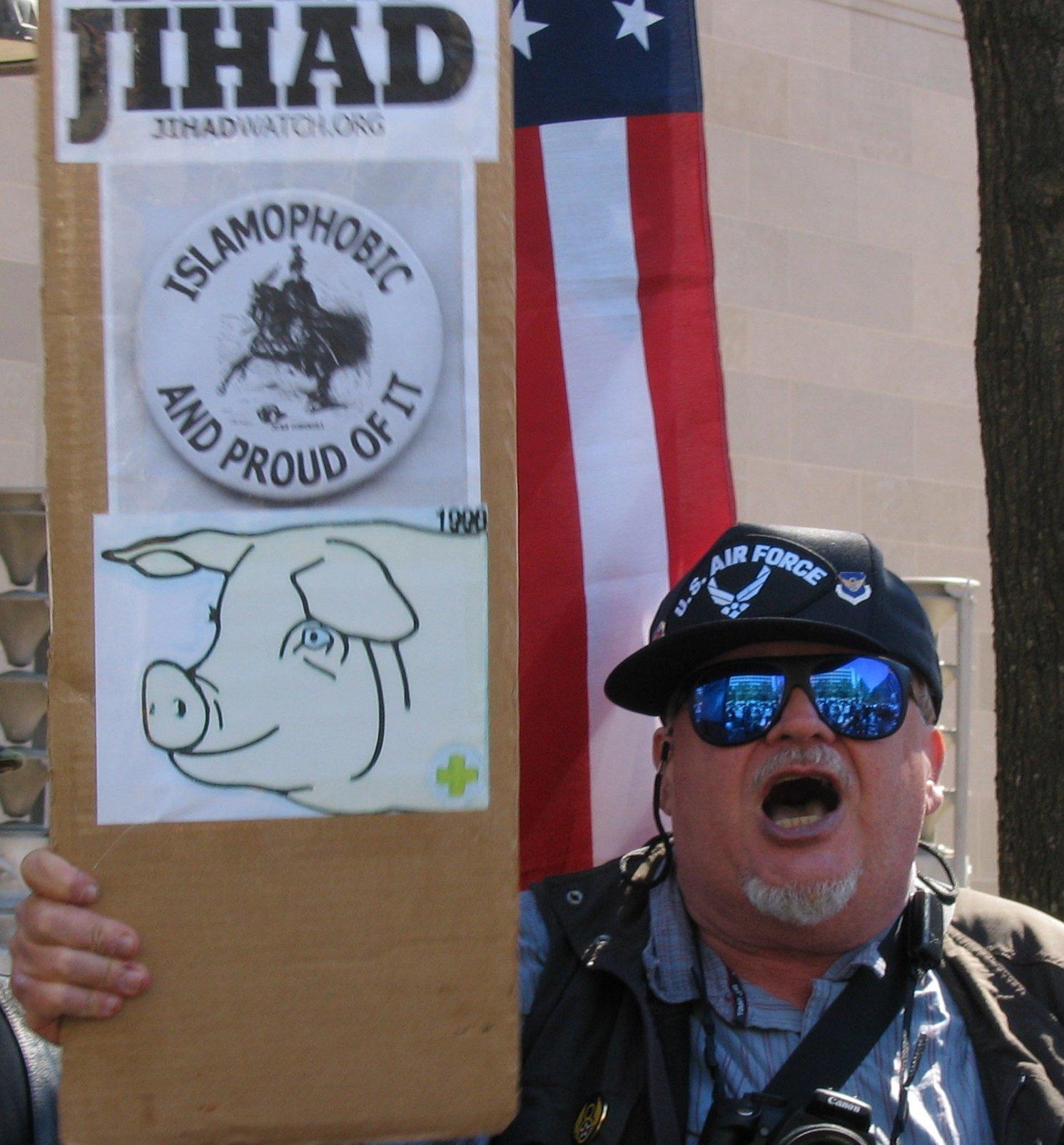 thismuslimreads_islamophobia