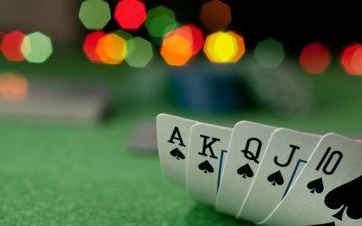 Spille Poker Online - hvordan å ha det gøy uten å bli Scammed